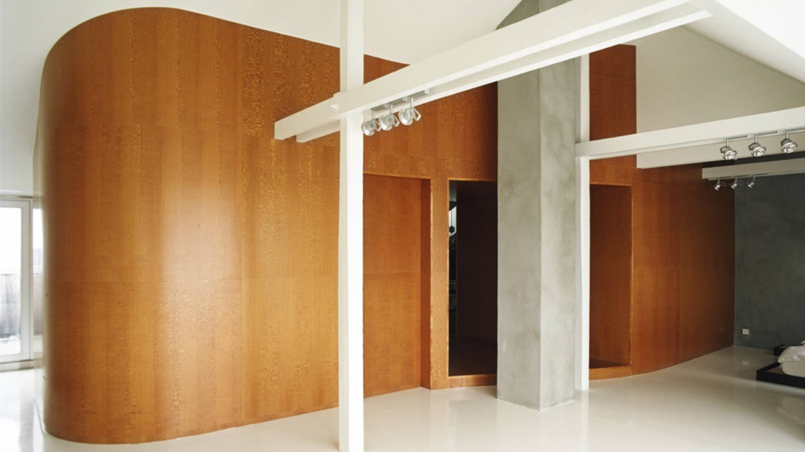 VIOLIN - B-Loft - SPOL Architects