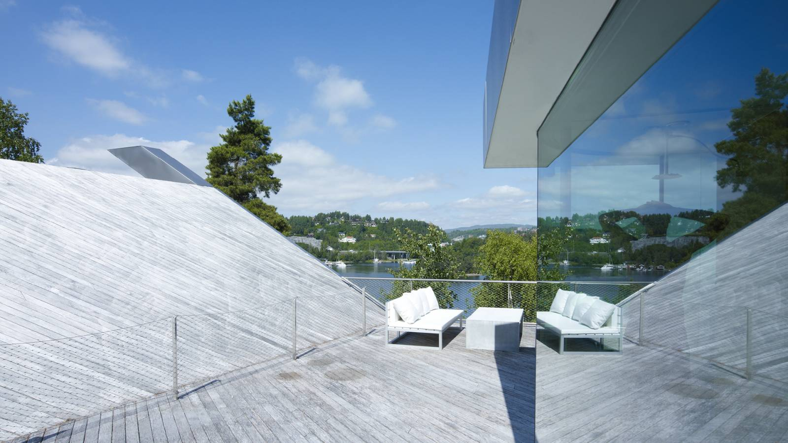 TOP ROOF TERRACE - V-House - SPOL Architects