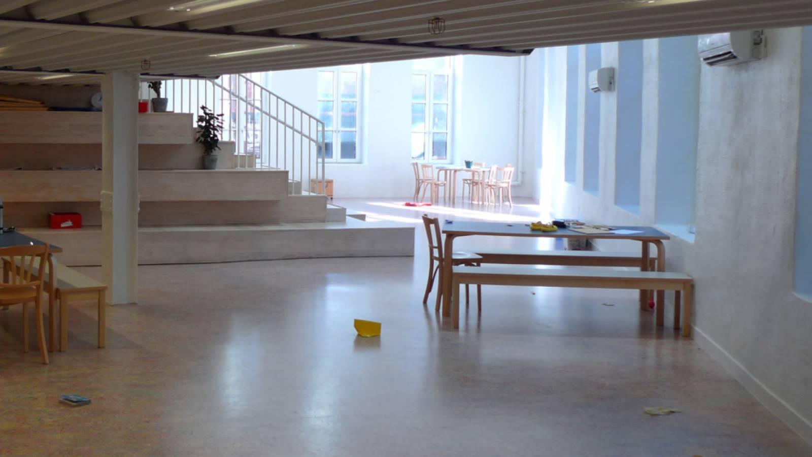 UNDER MEZZANINE - Ny York Cultural kindergarten - SPOL Architects