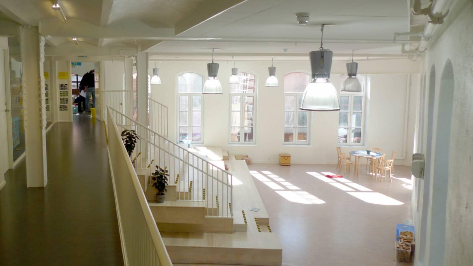 UPPER GALLERY - Ny York Cultural kindergarten - SPOL Architects