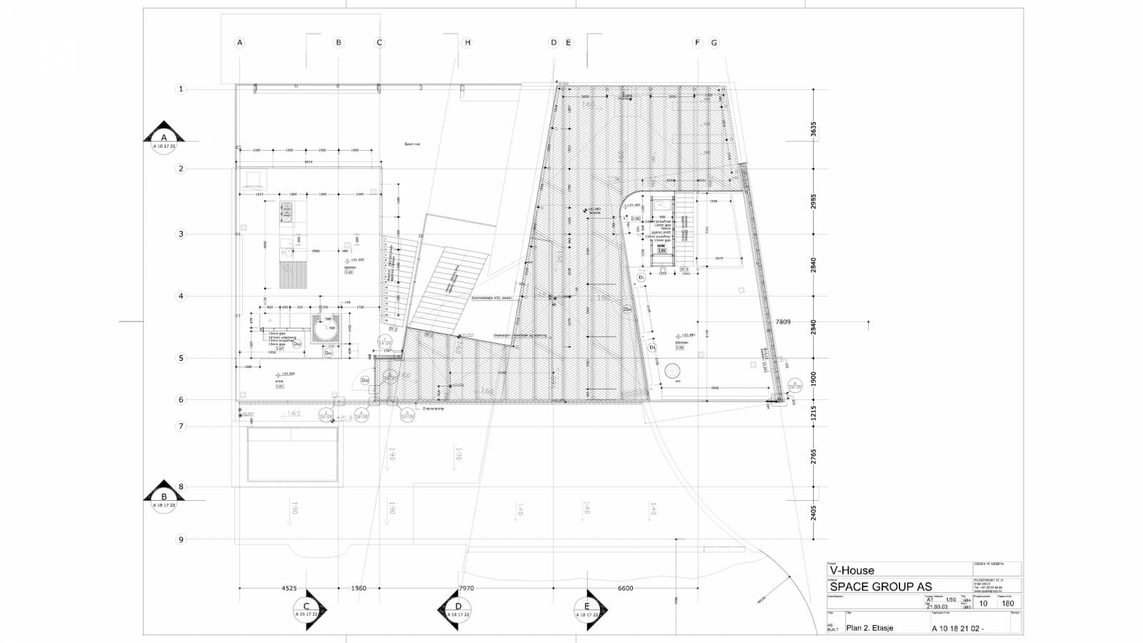UPPER LEVEL PLAN - V-House - SPOL Architects