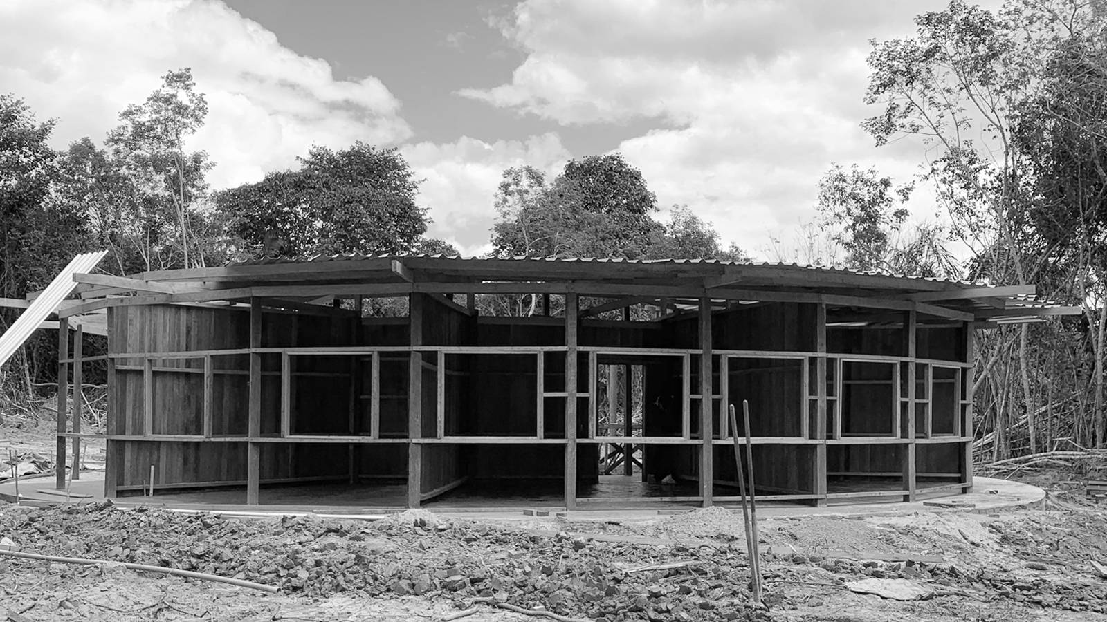 CONSTRUCTION - Igapó-Açu School - SPOL Architects